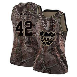 Nike Sacramento Kings Swingman Camo Eric Mika Realtree Collection Jersey - Women's