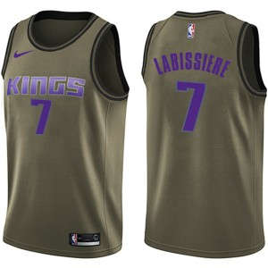 Nike Sacramento Kings Swingman Green Skal Labissiere Salute to Service Jersey - Youth